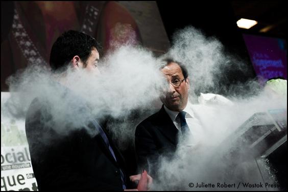 François Hollande farine enfariné enfarinade