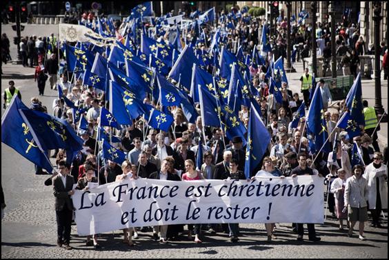 défilé Civitas 2012 a Paris